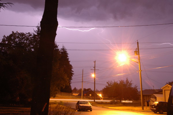 lightning nanaimo bc july summer