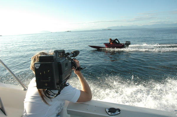 shaw tv filming bathtub raceboat