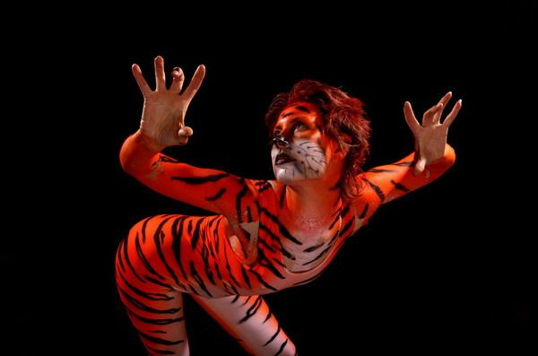willow chandler pussy body paint tiger